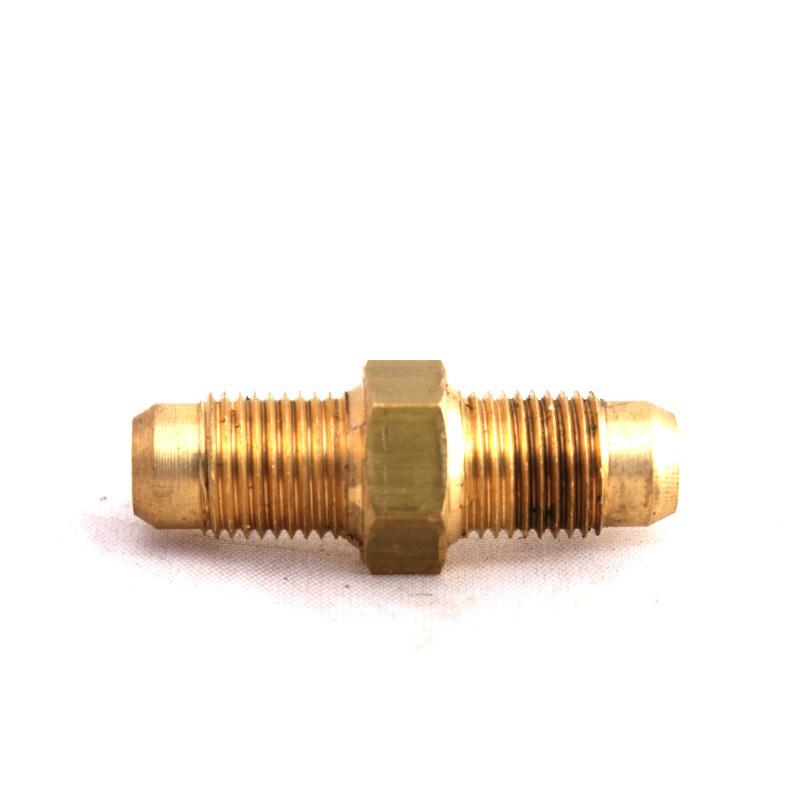 Переходник соединительный Ø6хØ6 редуктор/эмк газа (пропан-бутан) 6083