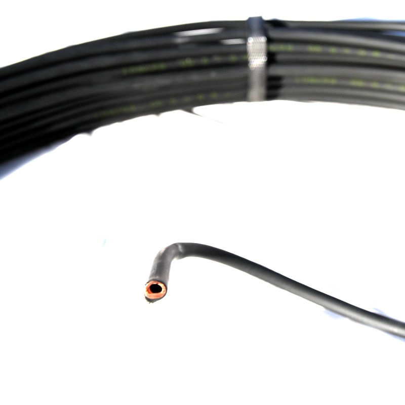 Трубка медная Silmet в пластиковой оплетке Ø6х0,8 (разрез) 5972